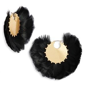 NWT In Full Feather Earrings